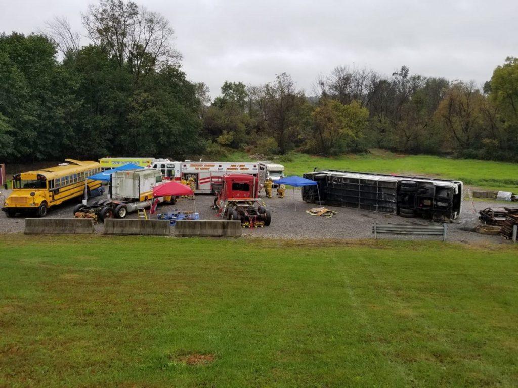 Shrewsbury Volunteers attend Heavy Truck Rescue program